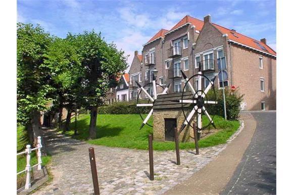 Benedenkade, Willemstad