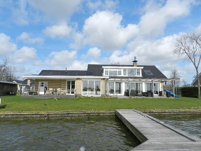 Villa In Ter Aar Geerweg N8 250 M2 Available From 01