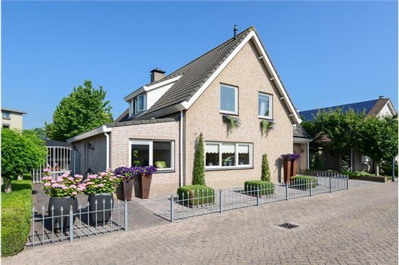 Troelstralaan, Oosterhout