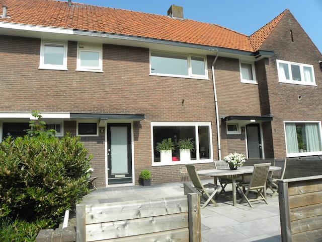 B. van Rooijenstraat